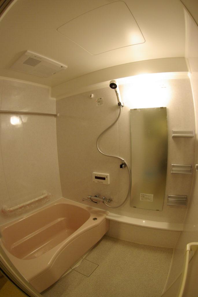 カビが気になる集合住宅のお風呂をシステムバスに一新した事例