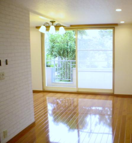 床の傾き修正まで行った東久留米市のリフォーム事例