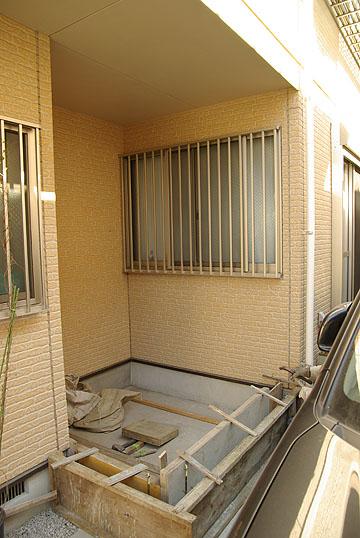 屋外のデッドスペースを利用して家を増築。使い勝手のよい洋室へと変身