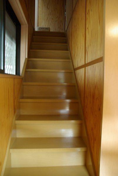 3階にトイレを作る_階段