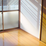 劣化が目立つ和室を床暖房つき洋室にリフォーム