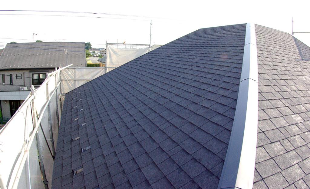屋根のリフォーム。軽い屋根材で家への負担を軽く