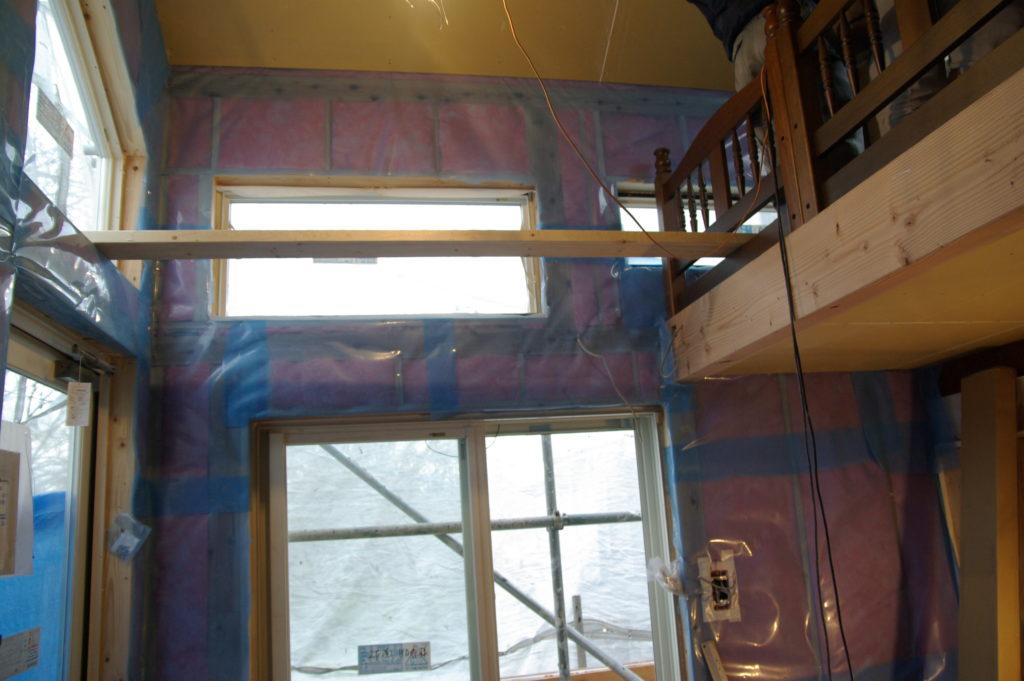 2階に設置した物置を撤去し、コンサバトリー風にリフォーム