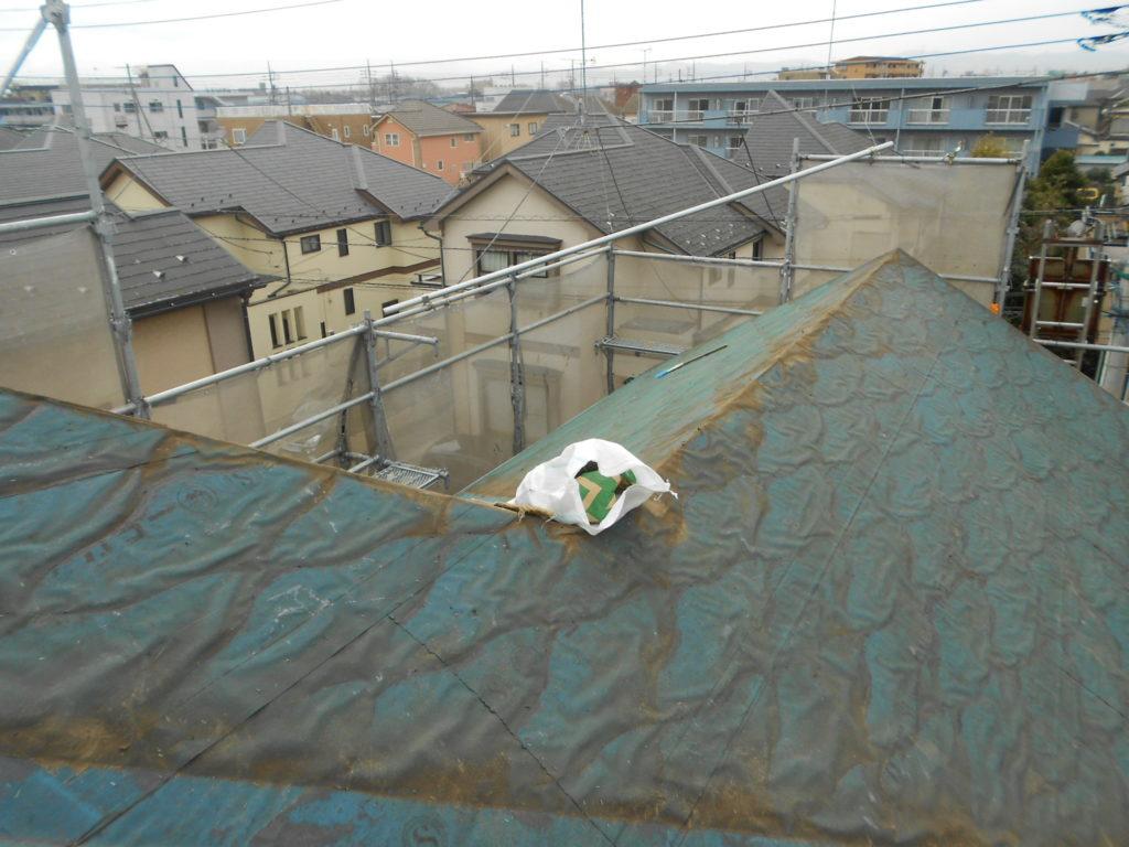 屋根の葺き替えと同時に屋根断熱を行った事例
