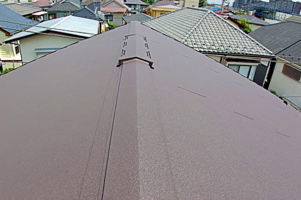 和瓦から軽く耐震性の高いスレート葺きの屋根へ