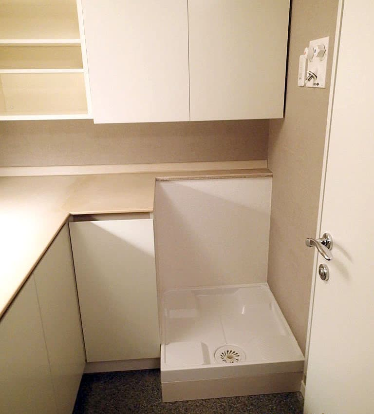 MALBER製ドラム式洗濯乾燥機置場を日本製の洗濯機が置けるようにリフォーム