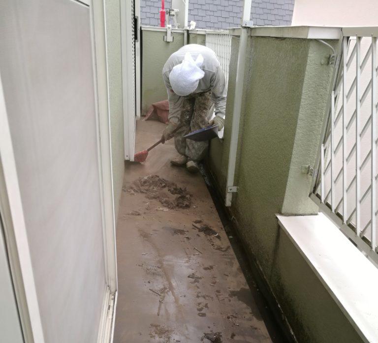 古くなったベランダを防水&デッキ施工