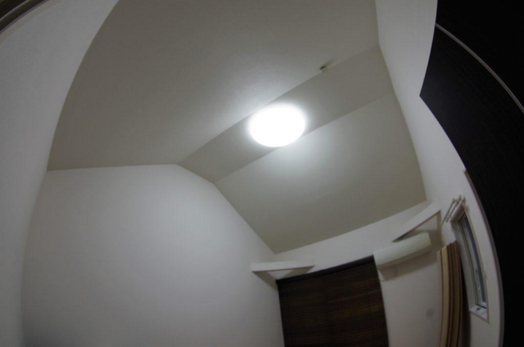 吹き抜け天井をグルニエに模様替え