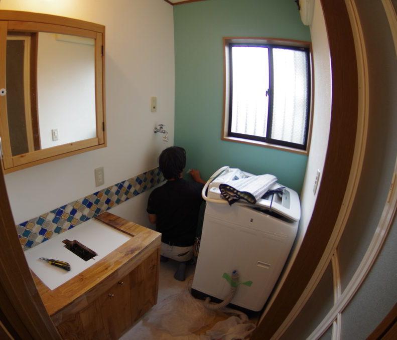 ご自宅の洗面室をおしゃれに全面リフォーム