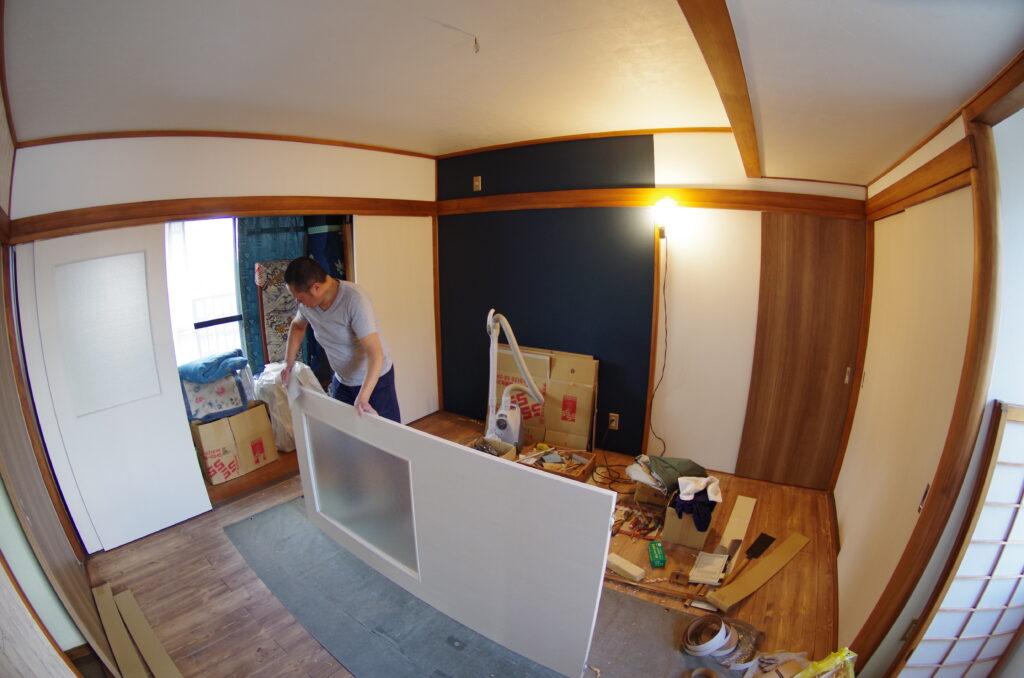 純和風の8畳間をアンティーク調の洋室へとリフォーム