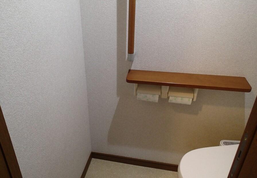 2階のトイレに独立した手洗いを設置