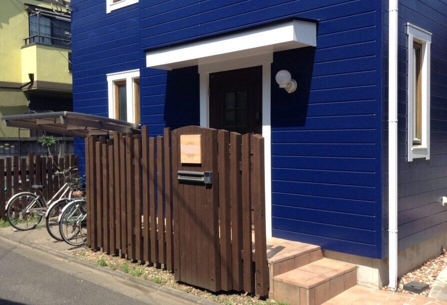 外壁と木製のベランダ等の塗装事例