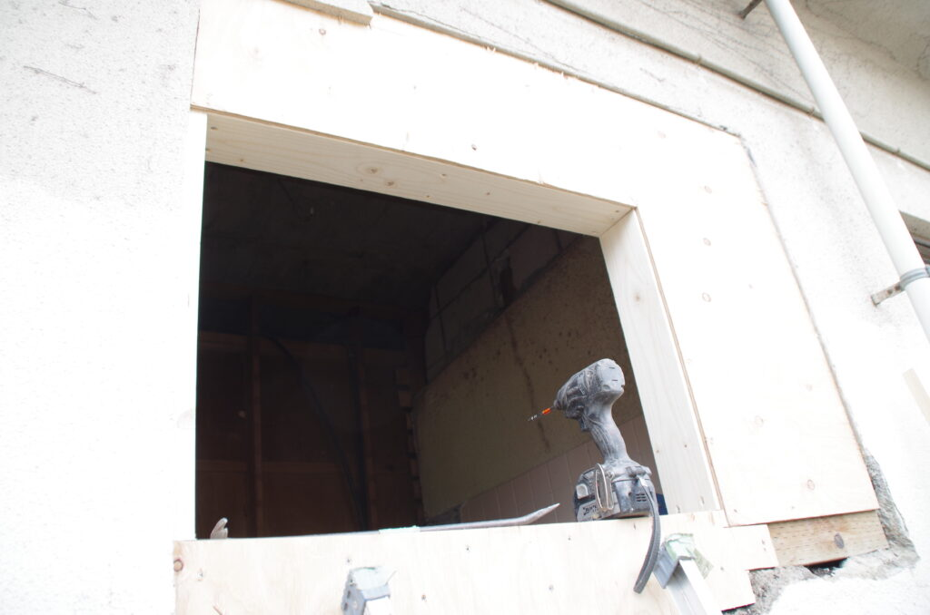 タイル敷きの浴室をユニットバスにリフォーム
